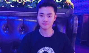 刘凌宇LLY